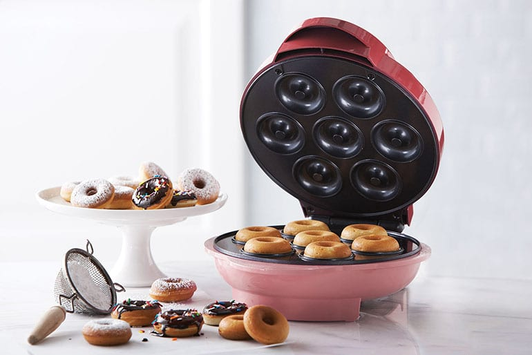 10 Best Donut Makers to Make the Most Delicious Donut