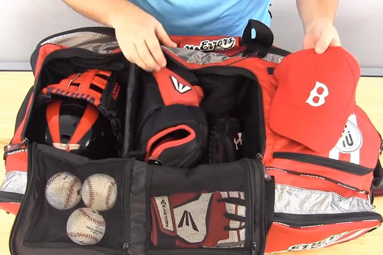 Top 10 Best Baseball Bat Bags Reviewed in 2017