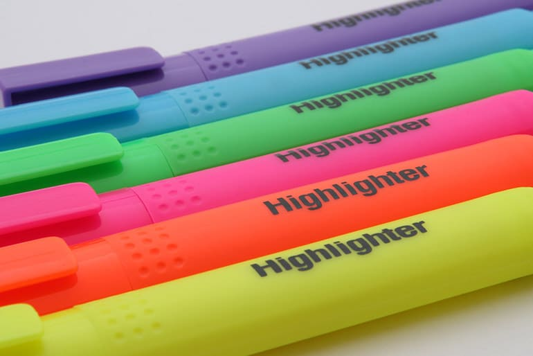 Top 10 Best Highlighters for Students Reviewed in 2017