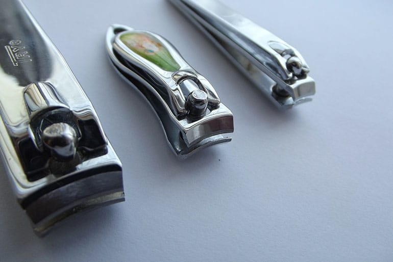Top 10 Best Nail Clippers Reviewed in 2017