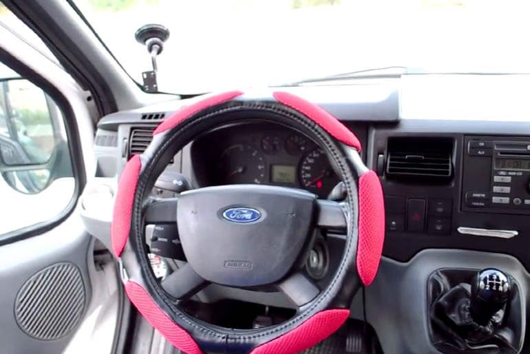 Top 10 Best Steering Wheel Covers Reviewed In 2017